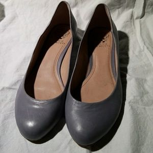 Vince Camuto Steel Grey Blue Women's Size 10 Flats